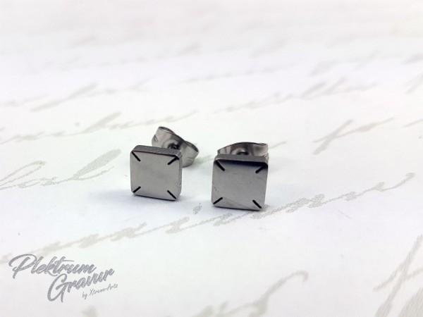 Ohrring Viereck 6 mm mit Initalen Gravur